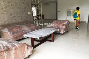 Big size apartment in Riverside Residence for rent with modern style and quiet view