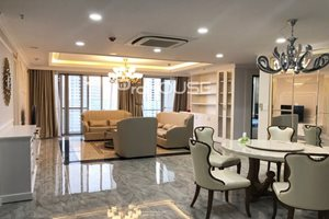 Semi-classical high quality apartment for rent in Scenic Valley – Phu My Hung