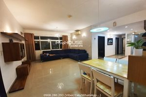 Cheap 3 bedroom apartment for rent in Canh Vien 2 with nice furniture