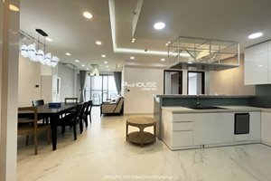 White color 3 bedroom apartment in Midtown M7 for rent with modern furniture