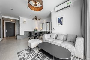 Deluxe 3 bedroom apartment for rent in Happy Residence Premier with quite view