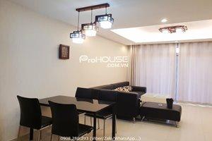 2 bedroom apartment in Riverside Residence for rent having bathtub