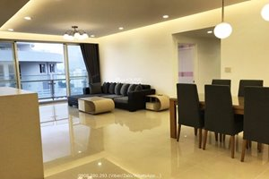 3 bedroom apartment for rent in Riverpark Residence with full furniture and river view