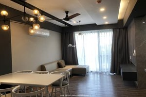 Low floor 3 bedroom apartment for rent in Happy Residence