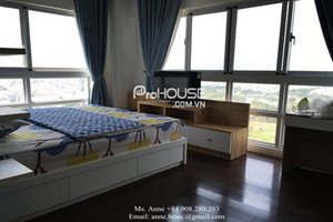 A very beautiful view apartment for rent in Happy Valley, District 7, open view to golf course