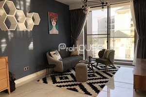 Full of morning sunshine apartment for rent in The Grande Midtown with luxury furniture