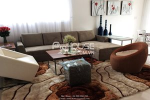 GOOD RENTAL: A beautiful duplex for rent in Phu My Hung center, 3 bedrooms, modern furnitiure