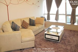 2 bedroom apartment for rent in Petroland Tower, fully furnished, built-in oven, nice view to the Crescent