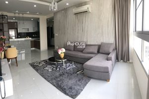 Modern and high floor apartment for rent in Green Valley, golf view, peaceful and green area in the center