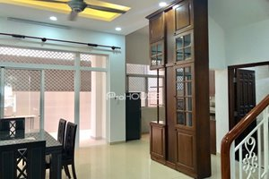 Townhouse for rent in My Thai, Phu My Hung with full furniture and nice garden