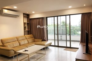 Big balcony apartment for rent in Hung Phuc Happy Residence on the low floor