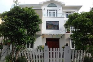 House for rent as office in Phu My Hung, prime location, near Midtown, large space