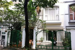 Townhouse for sale in Hung Thai compound, good price, nice location, nice layout