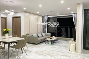 High floor 2 bedroom apartment with full furniture in The View for rent