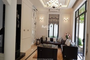 Luxury villa for rent with private swimming pool in Phu My Hung