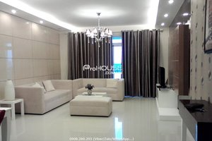 Super nice 2 bedroom apartment for rent with river view in Riverside Residence