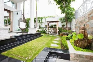 Beautiful villa for rent with big garden in District 7, fully furnished, modern style