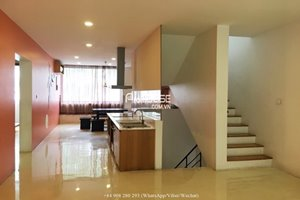 Unfurnished villa for rent in Phu My Hung, good condition, nice design