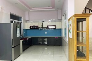Cheap villa for rent in Phu My Hung with nice furniture and good location