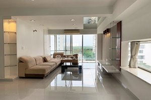 Well-equipped 3 bedroom apartment in Garden Plaza for rent
