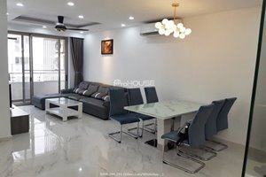 Cheap 2 bedroom for rent in Midtown Phu My Hung with full furniture