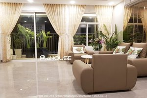 Beautiful 3 bedroom apartment for rent in Sunrise Riverside