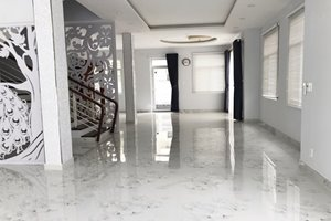 Villa for rent as office in the center of Phu My Hung, prime location, new house