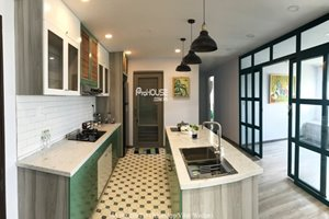 Bright furniture apartment for rent in Phu My Hung