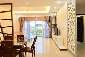 Good rental 2 bedroom apartment for rent in Riverside Residence