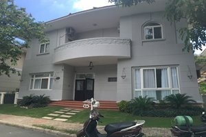 Good rental villa for rent in Phu Gia compound